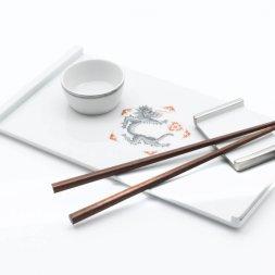Cosmopolitan sushi set